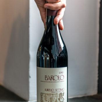 Wino Aurelio Settimo Barolo 2010