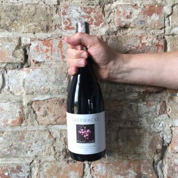 Wino Greywacke Pinot Noir 2013